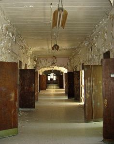 Haunted Weston State Hospital (also known as the Trans-Allegheny Lunatic Asylum and the West Virginia Hospital for the Insane)