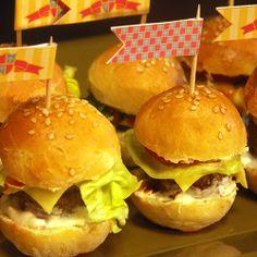 Mini party burgers, kids party food ideas