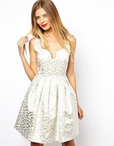 Vestido Branco para o Ano Novo 2015 - Luxos e Luxos