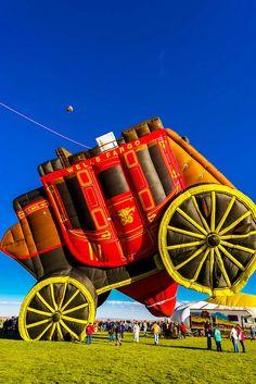 """Wells Fargo Bank's Stage Coach hot air balloon """"¢ent'r Stage"""", at Albuquerque International Balloon Fiesta, Albuquerque, New Mexico, USA Air Ballon, Hot Air Balloon, Albuquerque Balloon Fiesta, Transportation Technology, New Mexico Usa, Balloon Rides, Nature Photos, Sky, Shapes"""