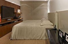 Veja como escolher as cortinas para quarto de casal, que vão servir para dar mais privacidade e deixar o ambiente ainda mais delicado.