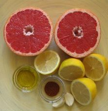 Liver Gallbladder Cleanse juice of 1 sweet grapefruit juice of 1 or 2 lemons or limes 2 tablespoons extra virgin olive oil 1 clove raw garlic I use 2 pinch of cayenn. Liver And Gallbladder Cleanse, Liver Detox Cleanse, Detox Your Liver, Detox Diet Plan, Body Detox, Juice Cleanse, Stomach Cleanse, Liver Diet, Fatty Liver