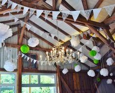 Den wunderschönen Dachstuhl konnten wir bei den Renovierungsarbeiten in Kirchstett erhalten.