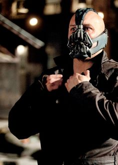 Tom Hardy (Bane) scarriest motha alive