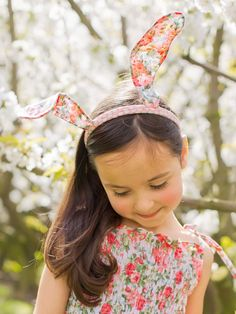 Our Bunny Rabbit ears in Oobi and Vintage style fabrics have been a hit with over a dozen magazines and newspapers have been a darling of the fashionistas and even been worn by Jackie O! Boho Flower Girl, Bunny Ears Headband, Rabbit Ears, Pink Roses, Vintage Fashion, Hair Accessories, Celebrities, Floral, Fabric