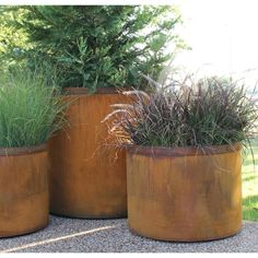 Round, Square, Columnar, Pyramid Cor-Ten Steel planters in many different sizes. Create a modern rustic feel in your landscape with these durable outdoor planters. Corten Steel Planters, Wooden Planters, Concrete Planters, Planter Pots, Planter Ideas, Large Outdoor Planters, Cheap Planters, Weathering Steel, Shade Garden