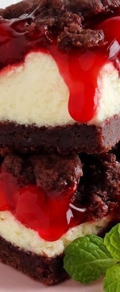Chocolate Cherry Cheesecake Crumble Bars