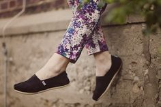 today is fashion // outfit // flower // spring //mango // toms // Style