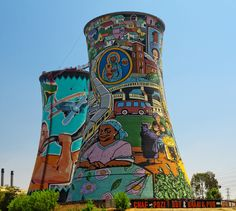 Soweto at its finest South Africa Wildlife, South Afrika, Dublin City, Street Art Graffiti, Beautiful Buildings, Urban Art, Country, Towers, Orlando