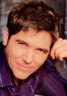 Michael Damian portrays Danny Romalotti on the Young and the Restless.