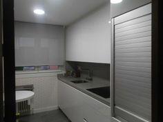 Muebles persianas para la cocina Kitchen Cupboards, Storage, Furniture, Home Decor, Google, Ideas, Home Furniture, Colors, Kitchen Cabinets
