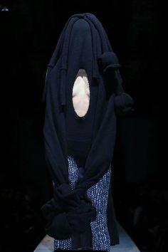 Comme des Garcons Ready To Wear Fall Winter 2014 Paris
