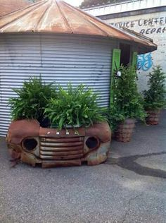 Garden Landscaping Philippines I want round grain bin to fix up and use as potting shed. Put windows in, and would be sweet place when I got done with it. Garden Junk, Garden Art, Garden Beds, Garden Benches, Outdoor Projects, Garden Projects, Diy Projects, Metal Projects, Rustic Gardens