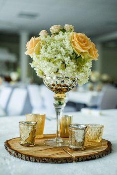 Tischdeko holz blumen  Dekoration | Tischdeko | Gold | Holz | rustikal | Hochzeit ...