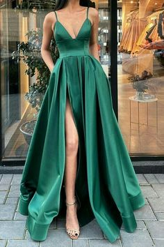 Dark Green Prom Dresses, Winter Formal Dresses, Pretty Prom Dresses, Hoco Dresses, Gala Dresses, Cheap Prom Dresses, Dark Green Long Dress, Green Homecoming Dresses, Dress Long