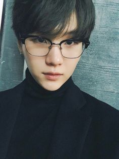 Yoongi looks nice in glasses #슈가 #방탄소년단