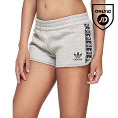 adidas Originals Tape Fleece Shorts - Shop online for adidas Originals Tape Fleece Shorts with JD Sports, the UK's leading sports fashion retailer. Cute Pajama Sets, Cute Pajamas, Little Girl Leggings, Girls Leggings, Nike Fleece, Fleece Shorts, Addidas Shirts, Streetwear, Bermudas Shorts