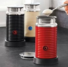 The ideal accompaniment to Nespresso espresso machines and perfect for coffee-drink lovers, this quiet and completely automatic tool froths hot or cold milk to perfection. Espresso Drinks, Coffee Drinks, Coffee Coffee, Cafe House, Kitchen Tools And Gadgets, Black Milk, But First Coffee, Bar Drinks, Cooking Classes