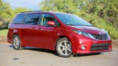 2015 toyota sienna limited awd accesories