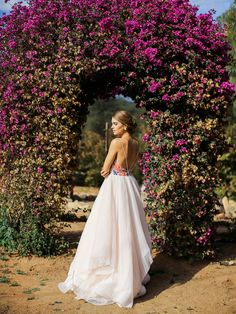 romantic-lavender-field-bridal-inspiration-shoot-0006 / Dress by Hayley Paige