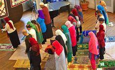 Даайи Абдулла считается единственным открытым геем-имамом в Америке