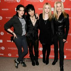 Joan Jett Kristen Stewart Dakota Fanning Cherie Currie...The Runaways Movie