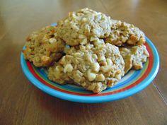 White Chocolate, Oatmeal & Macadamia Nut Lactation Cookies by Babylovebakery on Etsy