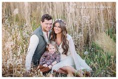 Family Pictures #boho #fall  flower crown / http://www.pinterest.com/pin/197454764886596837/