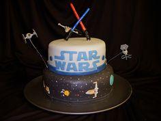 Probably my favorite Star wars cake.