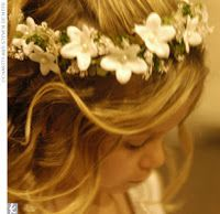 Every flower girl needs to have a beautiful basket to carry for her big moment down the aisle. Description from broomjumpingbride.blogspot.com. I searched for this on bing.com/images