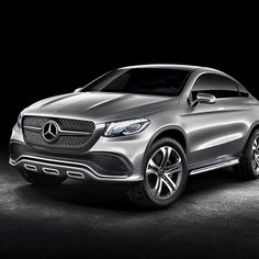 The Daimler Annual Shareholders' Meeting that took place on Wednesday had one very special highlight: the first picture of the Concept Coupé SUV. Stay tuned for more.   #mercedes #benz #instacar #concept #conceptcar