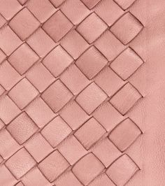 Bottega Veneta, new color 'Watteau' _ skin - operation - stitches - weaving skin to connect back together Textile Texture, Textile Fabrics, Fabric Textures, Textures Patterns, Fabric Patterns, Color Patterns, Textile Manipulation, Crea Cuir, Textiles Techniques