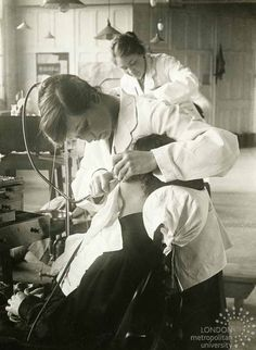First World War: Women on the Home Front: Dental workers