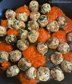 Mozzarella Stuffed Meatballs, Spinach Recipes, Marinara Sauce, Ground Beef, Italian Recipes, Garlic, Pork, Appetizers, Dishes