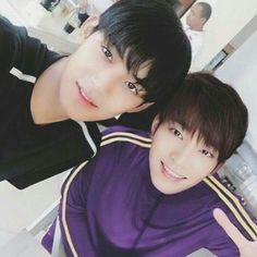 Meanie Selcas are Once in a Verrrryyyy Looonggg While Mingyu Wonwoo, Seungkwan, Woozi, K Pop, Choi Hansol, Won Woo, Kpop Couples, Mingyu Seventeen, Seventeen Wallpapers