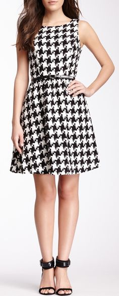 Jessica Simpson Large Houndstooth Print Dress pair with crimson sash for full bama look !