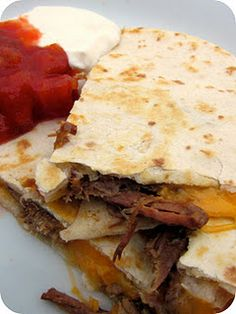 Weight Watchers slow cooker Chipotle's Barbacoa Beef Recipe. The meat is paleo.
