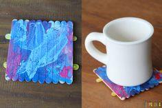 Um presente simples e criativo para o Dia dos Pais - Tempojunto | Aproveitando cada minuto com seus filhos Home Activities, Reggio, Growing Up, Coasters, Projects To Try, Lily, Education, Mugs, Tableware