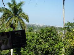 Pass-Age à Cuba. Vue sur la Havane depuis la maison de Hemingway.  www.pass-age.fr