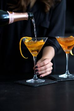 Cocktails, Non Alcoholic Drinks, Cocktail Drinks, Beverages, Brandy Recipe, Rose Champagne, Coctails Recipes, Bar Cart Decor, Veuve Clicquot