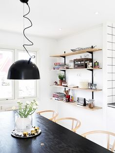 Nice Scandi kitchen @ Scandi Decoration http://scandidecoration.blogspot.fi/
