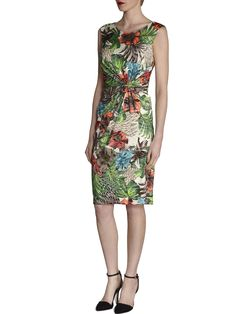 Perfect for Summer Weddings, the Bright Floral Print dress by Gina Bacconi on LUX FIX https://lux-fix.com/shop/bright-floral-print-jersey-by-gina-bacconi