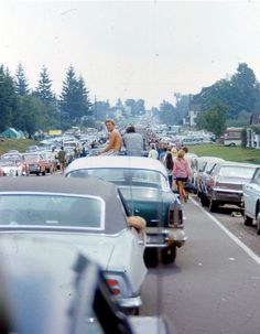 On the way to Woodstock.