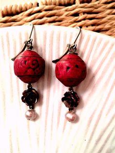 SALE Vintage Style Earrings Boucles D Oreilles by MonnarinaShop