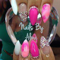 pink stilleto nails