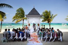 Wedding Destination Tips - It's not as easy as you think! Get advice on throwing the perfect destination wedding!