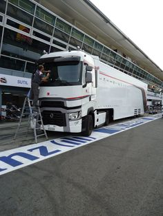 Rolling into Monza for the 2014 Grand Prix w/the F1 Season, F 1, Grand Prix, Racing, Running, Auto Racing