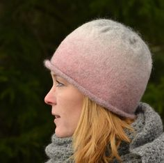 ullcentrum-filtade-mossor-med-rullkant/ - The world's most private search engine Hats For Women, Knitted Hats, Knit Crochet, Knitting Patterns, Diy And Crafts, Winter Hats, Beanie, Wool, Felting