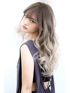 外国人風ホワイトオリーブグレー Japanese Hair Color, Korean Hair Color, Hair Color Techniques, Hair Arrange, Japanese Hairstyle, Ombre Hair Color, Love Hair, Hair Trends, Dyed Hair