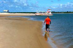 Ernani walking along the shore line - Photo by Dan Trepanier